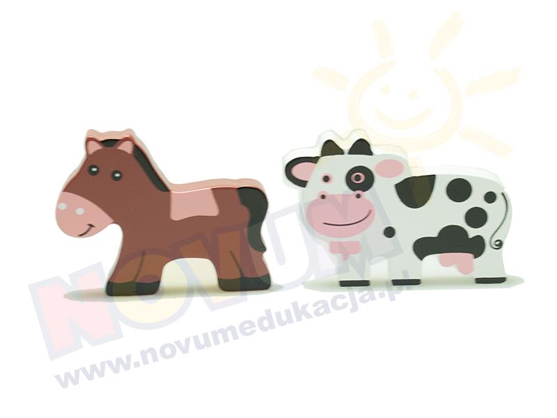 Novum Traktor z przyczepą i zwierzątkami